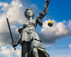 What are the Fees to Hire a California Lemon Law Attorney?