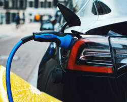What to Do When Your Hybrid or Electric Vehicle is a Lemon